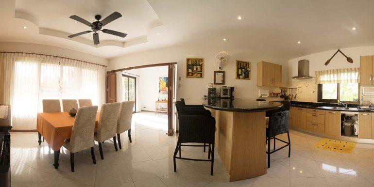 24---kitchen-panorama-1