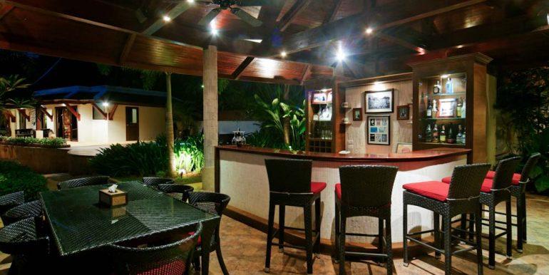 Bar and Sala