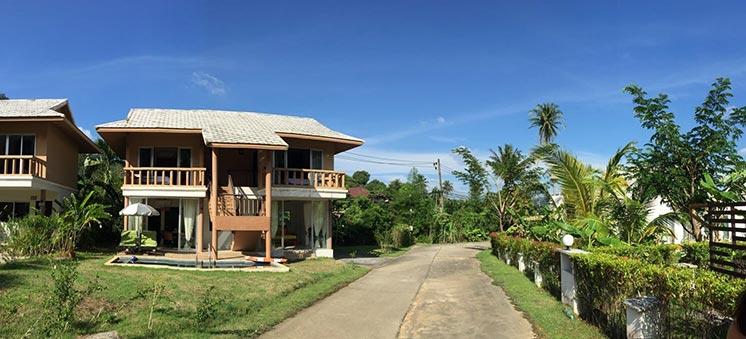 Naithon villa